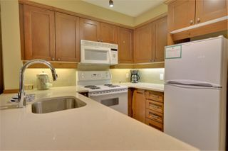 """Photo 4: 211G2 4653 BLACKCOMB Way in Whistler: Benchlands Condo for sale in """"Horstman House"""" : MLS®# R2463588"""