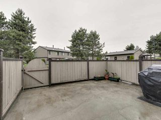"Photo 3: 100 27044 32 Avenue in Langley: Aldergrove Langley Townhouse for sale in ""BERTRAND ESTATES"" : MLS®# R2466036"