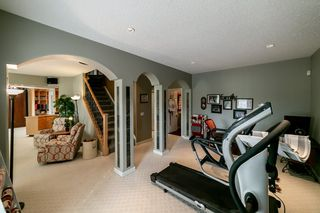 Photo 19: 614 HUNTERS Close in Edmonton: Zone 14 House for sale : MLS®# E4194148