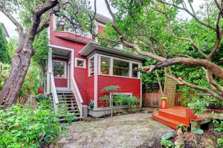 """Photo 36: 1642 CHARLES Street in Vancouver: Grandview Woodland House for sale in """"""""The Drive"""""""" (Vancouver East)  : MLS®# R2512942"""