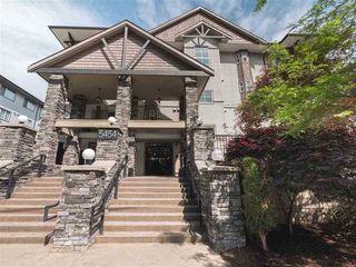 "Photo 1: 309 5454 198 Street in Langley: Langley City Condo for sale in ""Brydon Walk"" : MLS®# R2517322"