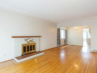 Photo 3: 7851 CARTIER Street in Vancouver: Marpole House for sale (Vancouver West)  : MLS®# R2524178
