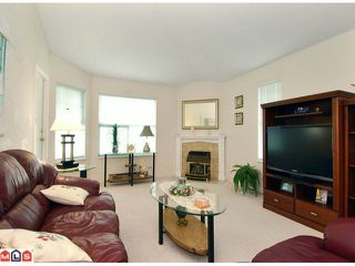 "Photo 4: 1 6537 138TH Street in Surrey: East Newton Townhouse for sale in ""CHARLESTON GREEN"" : MLS®# F1006130"