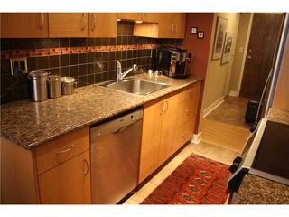 "Photo 4: 105 838 W 16TH Avenue in Vancouver: Cambie Condo for sale in ""WILLOW SPRINGS"" (Vancouver West)  : MLS®# V823923"