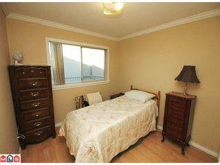 "Photo 8: 203 33225 OLD YALE Road in Abbotsford: Central Abbotsford Condo for sale in ""CEDAR GROVE ESTATES"" : MLS®# F1028753"