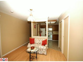 "Photo 5: 203 33225 OLD YALE Road in Abbotsford: Central Abbotsford Condo for sale in ""CEDAR GROVE ESTATES"" : MLS®# F1028753"