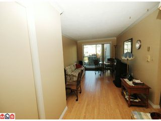 "Photo 3: 203 33225 OLD YALE Road in Abbotsford: Central Abbotsford Condo for sale in ""CEDAR GROVE ESTATES"" : MLS®# F1028753"