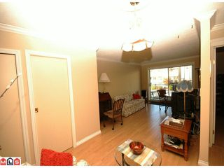 "Photo 2: 203 33225 OLD YALE Road in Abbotsford: Central Abbotsford Condo for sale in ""CEDAR GROVE ESTATES"" : MLS®# F1028753"