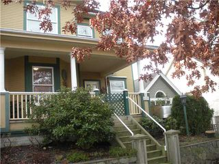 Photo 1: 1 235 E KEITH Road in North Vancouver: Lower Lonsdale Townhouse for sale : MLS®# V866716