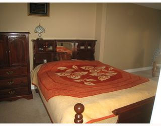 Photo 9: 1054 DELESTRE Avenue in Coquitlam: Maillardville House 1/2 Duplex for sale : MLS®# V750137