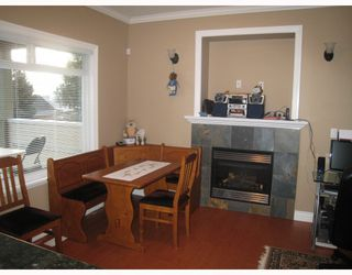 Photo 7: 1054 DELESTRE Avenue in Coquitlam: Maillardville House 1/2 Duplex for sale : MLS®# V750137