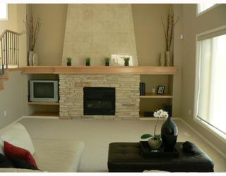 Photo 5: 151 THORN Drive in WINNIPEG: West Kildonan / Garden City Residential for sale (North West Winnipeg)  : MLS®# 2908151