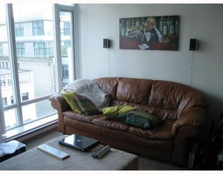"Photo 3: 908 610 GRANVILLE Street in Vancouver: Downtown VW Condo for sale in ""Hudson"" (Vancouver West)  : MLS®# V776194"