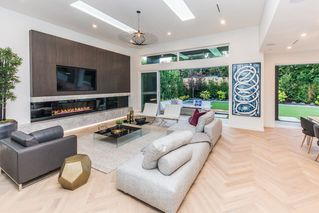 Photo 5: 2744 CRESCENTVIEW Drive in North Vancouver: Edgemont House for sale : MLS®# R2390553