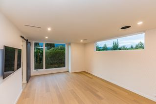 Photo 11: 2744 CRESCENTVIEW Drive in North Vancouver: Edgemont House for sale : MLS®# R2390553