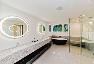 Photo 12: 2744 CRESCENTVIEW Drive in North Vancouver: Edgemont House for sale : MLS®# R2390553