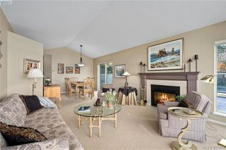 Photo 19: 612 6880 Wallace Drive in BRENTWOOD BAY: CS Brentwood Bay Row/Townhouse for sale (Central Saanich)  : MLS®# 417467