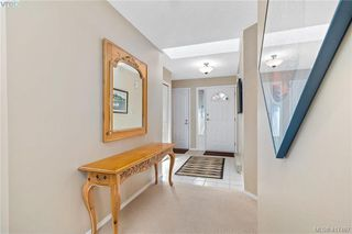 Photo 10: 612 6880 Wallace Drive in BRENTWOOD BAY: CS Brentwood Bay Row/Townhouse for sale (Central Saanich)  : MLS®# 417467