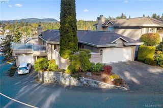 Photo 4: 612 6880 Wallace Drive in BRENTWOOD BAY: CS Brentwood Bay Row/Townhouse for sale (Central Saanich)  : MLS®# 417467