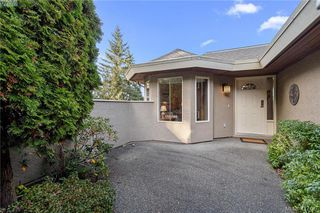 Photo 9: 612 6880 Wallace Drive in BRENTWOOD BAY: CS Brentwood Bay Row/Townhouse for sale (Central Saanich)  : MLS®# 417467