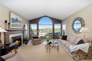 Photo 14: 612 6880 Wallace Drive in BRENTWOOD BAY: CS Brentwood Bay Row/Townhouse for sale (Central Saanich)  : MLS®# 417467