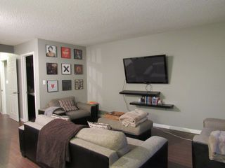 Photo 6: 10, 20 Norman Court in St. Albert: House Duplex for rent