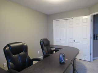Photo 21: 10, 20 Norman Court in St. Albert: House Duplex for rent