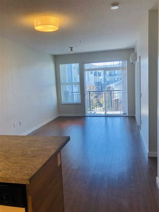 Photo 4: 315 9399 ODLIN Road in Richmond: West Cambie Condo for sale : MLS®# R2442404