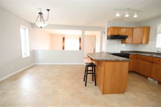 Photo 4: 135 BRINTNELL Boulevard in Edmonton: Zone 03 House for sale : MLS®# E4194337