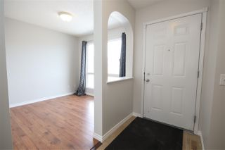 Photo 2: 135 BRINTNELL Boulevard in Edmonton: Zone 03 House for sale : MLS®# E4194337