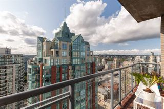 Photo 10: 3205 928 RICHARDS STREET in Vancouver: Yaletown Condo for sale (Vancouver West)  : MLS®# R2456499