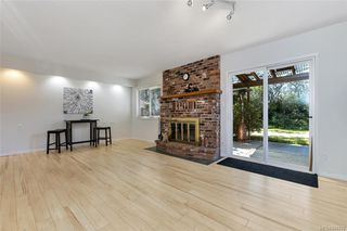 Photo 12: 1209 Camas Crt in Saanich: SE Lake Hill Single Family Detached for sale (Saanich East)  : MLS®# 844776