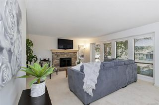 Photo 3: 1209 Camas Crt in Saanich: SE Lake Hill Single Family Detached for sale (Saanich East)  : MLS®# 844776