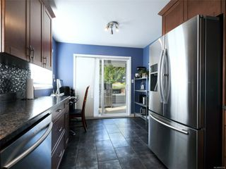 Photo 10: 2200 Tara Pl in : Sk Broomhill House for sale (Sooke)  : MLS®# 855718