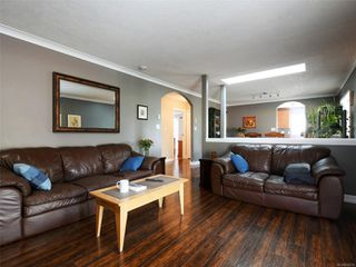 Photo 4: 2200 Tara Pl in : Sk Broomhill House for sale (Sooke)  : MLS®# 855718