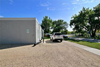 Photo 20: 449 Provencher Boulevard in Winnipeg: Industrial / Commercial / Investment for sale (2A)  : MLS®# 202100441