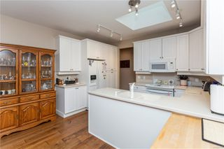 Photo 5: 1357 Cape Cod Dr in : PQ Parksville Row/Townhouse for sale (Parksville/Qualicum)  : MLS®# 862539