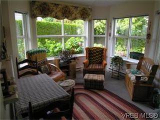 Photo 4: 12 3633 Cedar Hill Road in VICTORIA: SE Cedar Hill Townhouse for sale (Saanich East)  : MLS®# 268611