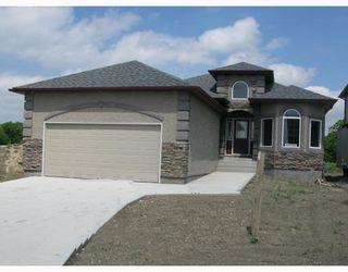 Photo 1: 65 MARDENA in WINNIPEG: St Vital Residential for sale (South East Winnipeg)  : MLS®# 2918592