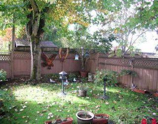 "Photo 8: 302 11650 96 AV in Delta: Annieville Townhouse for sale in ""Delta Gardens"" (N. Delta)  : MLS®# F2522614"