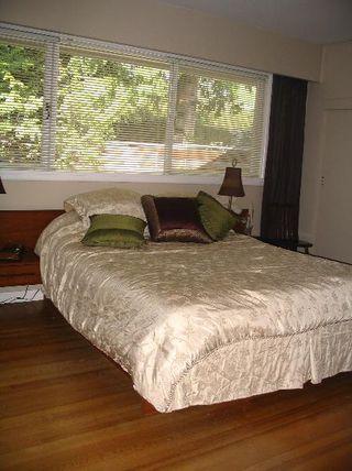Photo 15: 3404 Ayr Avenue: House for sale (Capilano Highlands)