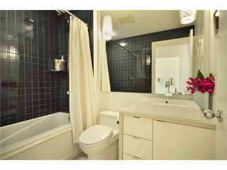 "Photo 9: 104 1811 W 16TH Avenue in Vancouver: Kitsilano Condo for sale in ""CEDAR MEWS"" (Vancouver West)  : MLS®# V828177"