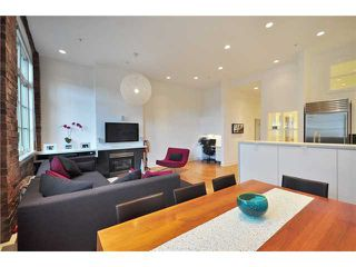 "Photo 5: 104 1811 W 16TH Avenue in Vancouver: Kitsilano Condo for sale in ""CEDAR MEWS"" (Vancouver West)  : MLS®# V828177"