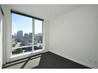"Photo 9: 1102 668 CITADEL PARADE in Vancouver: Downtown VW Condo for sale in ""SPECTRUM 2"" (Vancouver West)  : MLS®# V841123"