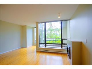 "Photo 4: 101 4118 DAWSON Street in Burnaby: Brentwood Park Condo for sale in ""TANDEM 1"" (Burnaby North)  : MLS®# V846109"