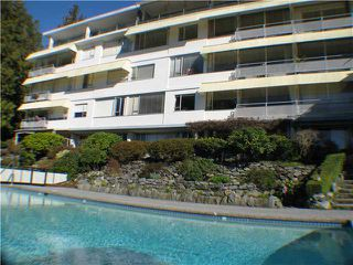 Photo 1: 109 2290 MARINE Drive in West Vancouver: Dundarave Condo for sale : MLS®# V848027