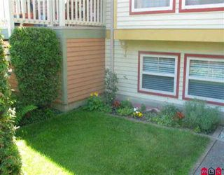 "Photo 8: 15151 BUENA VISTA Ave: White Rock Townhouse for sale in ""Maxwell Green"" (South Surrey White Rock)  : MLS®# F2610640"