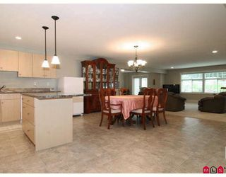 Photo 9: 23216 34A Avenue in Langley: Campbell Valley House for sale : MLS®# F2830376