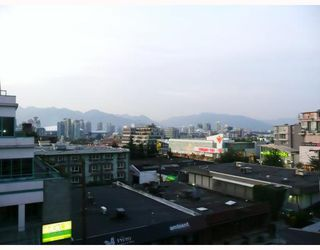 "Photo 5: 203 522 W 8TH Avenue in Vancouver: Fairview VW Condo for sale in ""CROSSROADS"" (Vancouver West)  : MLS®# V780049"
