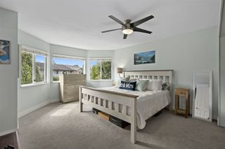 Photo 9: 19548 OAK Terrace in Pitt Meadows: Mid Meadows House for sale : MLS®# R2402734